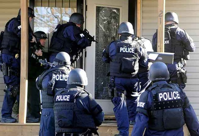 Houston Retreats from No-Knock Raids after Deaths in Drugs Raid 1